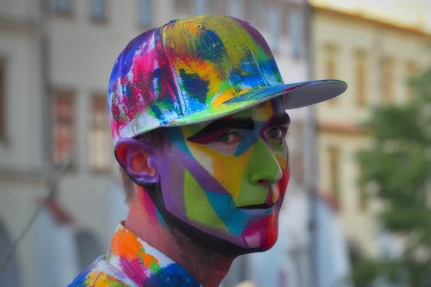 Živé sochy Sinela UV Neonky