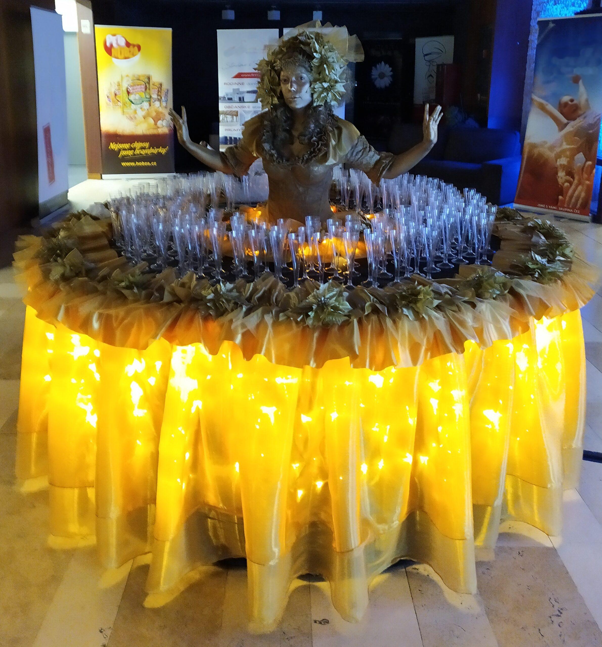 Živé sochy Sinela Uvítací stoly